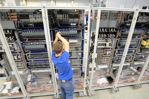 Elektro-Technik___Schaltschrankbau___Schaltanlagenbau.jpg